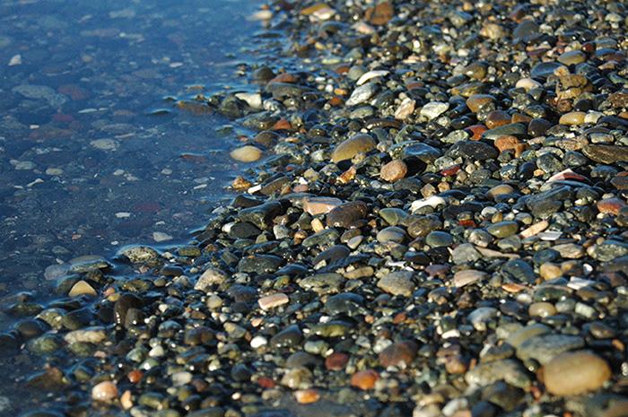 Crescent-beach-pebbles-and-shoreline-white-rock-bc